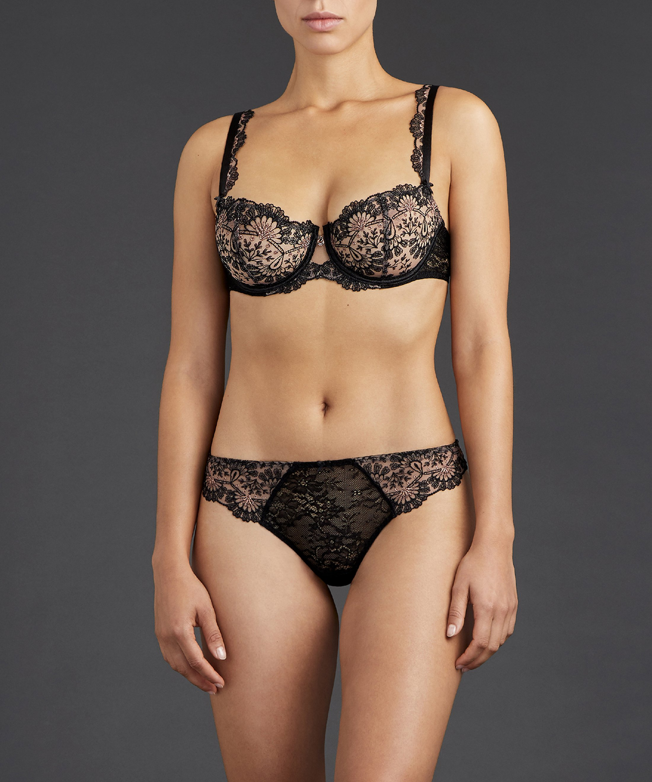 ART OF INK Soutien-gorge corbeille Noir Icone | Aubade