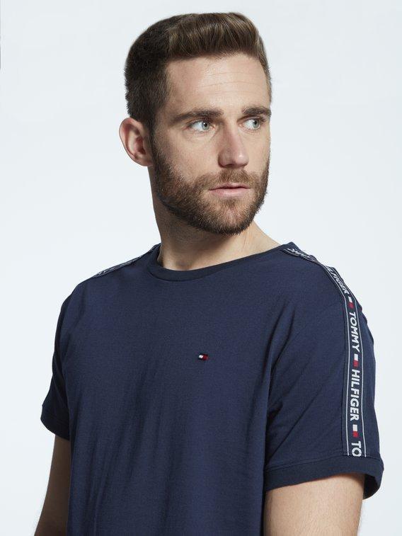 TOMMY HILFIGER Authentic T-Shirt