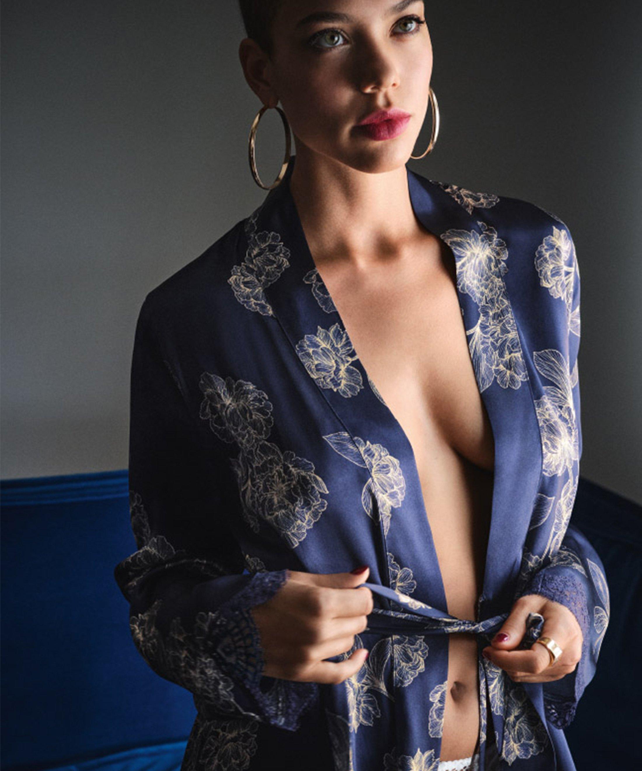 TOI MON AMOUR Silk kimono Night Blue | Aubade