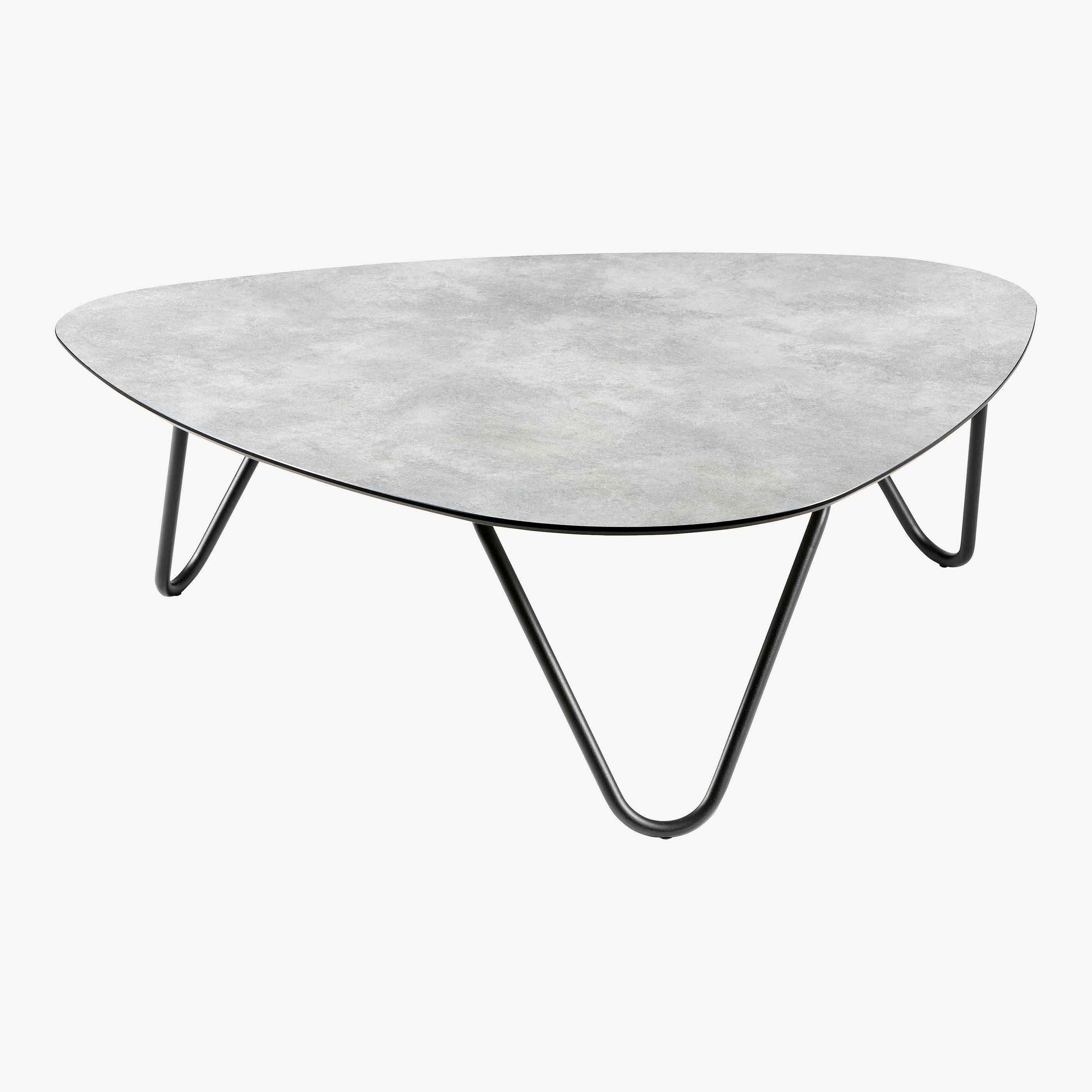 COCOON TABLE