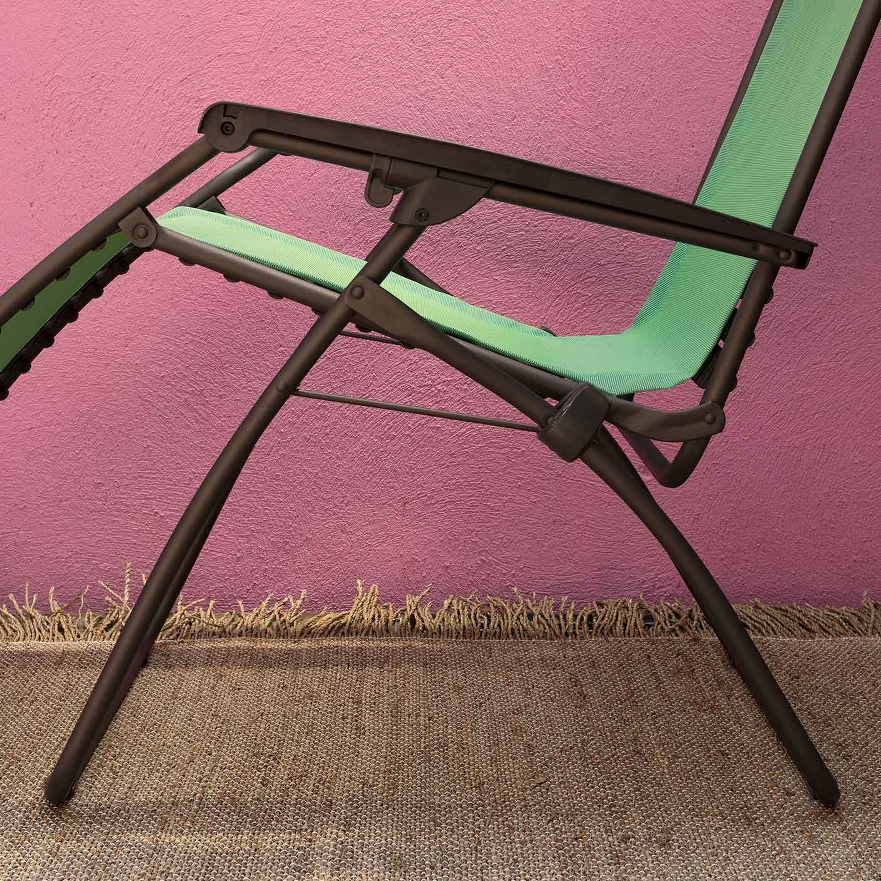 RELAXATION CHAIR Lafuma Mobilier UK 1