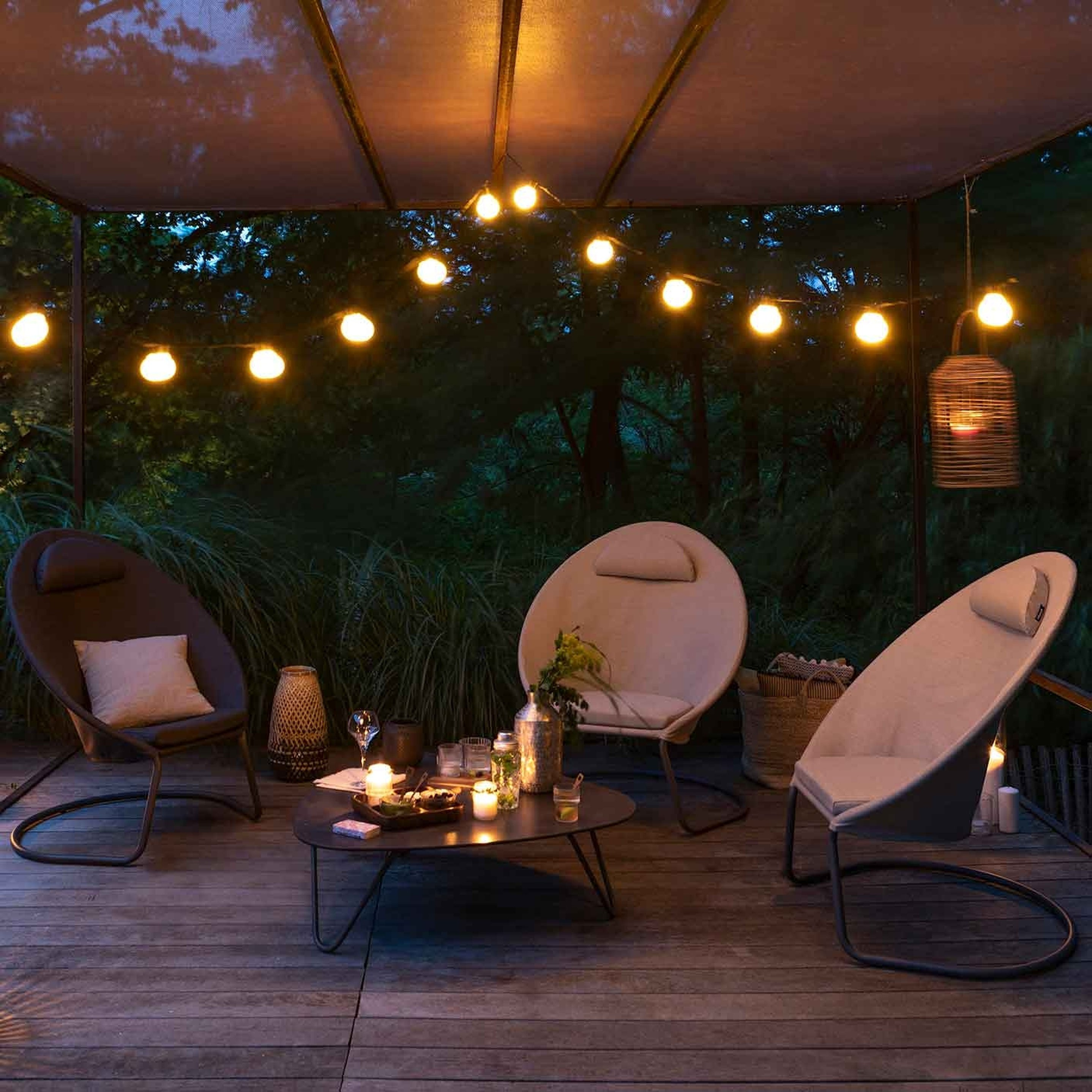 COCOON ARMCHAIRS